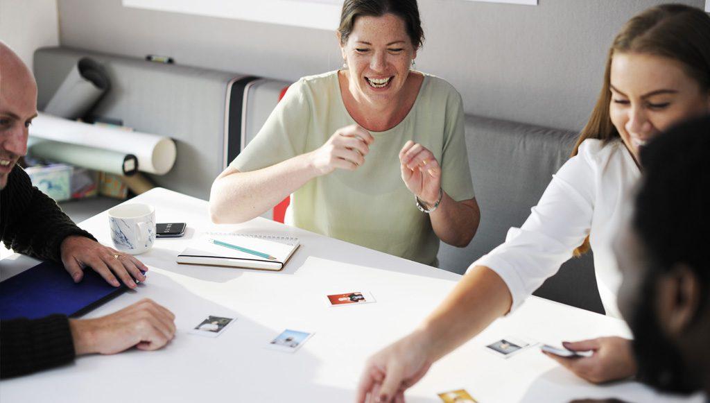 ママ″との質を重視したコミュニケーションを活用し独創的なコンテンツ制作、マーケティング支援します
